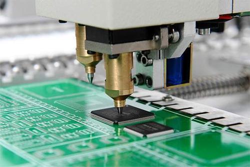 SMT机贴与手工焊接对比